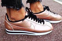Nagyon menci cipő