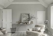 UPSTAIRS / Home Decoration