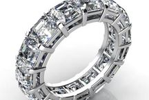 Diamond Eternity Rings / Eternity bands symbolize a never-ending love from the husband to the wife for special occasions. It is the best way to show just how much you treasured and appreciated the relationship.