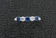 Blue Sapphires / Spectacular blue sapphire jewelry