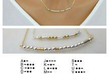 Abeceda kód náhrdelník