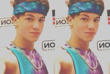 Taylor caniff / We both have the same name