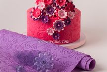 Fondant Cakes / Quick and easy fondant cakes are here!