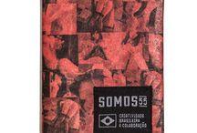 """Carteiras NOBOLSO Collab com a Storvo Inc. / A collab Storvo Inc. e SOMOS 55 é composta por quatro modelos de carteiras feitas de Tyvek®. A coleção HENTAI (na cultural japonesa """"perversão"""") é representada por três modelos desenhados pela Storvo Inc.. O outro modelo é uma co-criação com o artista Felipe """"Flip"""" Yung, onde São Paulo é orgulhosamente homenageada com a estampa SP CAMO."""