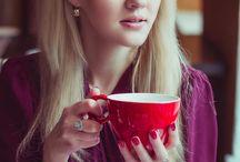 Portraits in Café