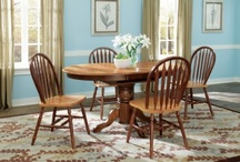 Casual Dining / Looking for great dining sets that you can eat on everyday? Casual dining sets match style and substance.