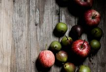 Apples / Sweet, tangy, tart, crispy and sour..... The original temptress. A board of recipes and art inspired by apples.