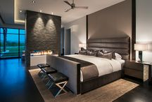 15 Bedroom Feature Walls / The wall behind a bed provides a natural canvas on which to create a dramatic feature. Here are some of the latest ideas from which you can draw inspiration.