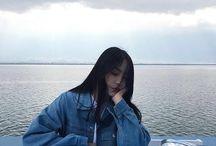 korean girl pose