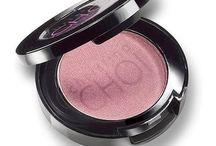 cosmetics / branded cosmetics