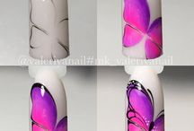 körmöcskék pillangóval