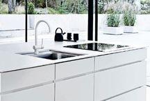 kuchyně / interiéry kuchyní