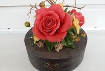 Polymer clay flowers- jewelry boxes,candles,glasses...and more ideas