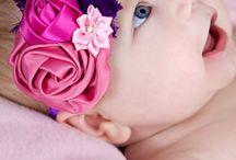 curso de tiaras para bebê / Aprenda tudo sobre a arte de fazer tiaras para bebê e comece seu próprio negócio, chegando a faturar entre 2 e 5 mil reais por mês. saiba mais acessando: http://tiaraparabebe.com.br