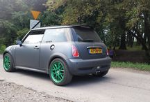 Mini Cooper S / Zielony wariat podczas szybkiego testu.