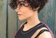 Latest Curly Hairstyles 2018 / Well, now that you know how to curl your hair and which type of curls work best with your face shape, let's dive into the best curly hairstyles that you can sport if you are over 40! See more ideas about Curly hairstyles, Hair dos and Naturally curly.