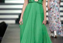 Green / _