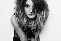 Idol: Shenae Grimes / Omg love her and her style  / by Shelby Boldt