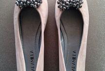 Jaramilla / Zapatos! Mas que una marca, un concepto!