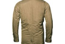 TECH TRENCH / SKU: OF15MO102 Light weight polyester filled jacket. High performance fabrication. Shape Memory: Fabric forms and adjusts easily to any body shape. BLACK / MILITARY OLIVE