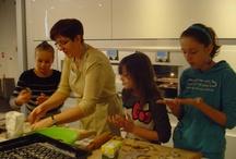 Pieczenie świątecznych pierników/ Baking gingerbreads