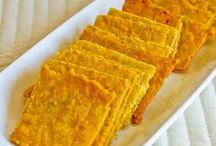 Vegan crackers and biscuits