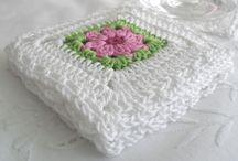 mandas crocheting board
