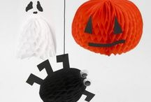 Have a Creepy Halloween! / Loads of crafts and decorations to spookify your Halloween