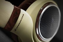 Headphones / List of the top headphones available.