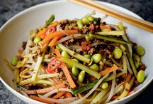 Ten Weeknight Dinners / Fast, good value and tasty is the name of the game on a busy weeknight. These ten recipes tick all the boxes with minimal effort.