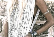 B O H O  S T Y L E james michelle / Is a MUST. Style + our favorite boho looks are part of our every day inspiration. This is where you will find ALL things James Michelle Boho