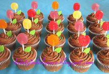Garden party cakes