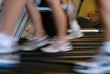 Avoid Knee Pain While Using A Treadmill / If you get knee pain while using a treadmill then you may have caused an injury. Treadmill overuse and incorrect running shoes are often major factors in causing knee injuries but if you use the treadmill correctly you can keep your knees healthy. Here are 6 tips to maintaining healthy knees on the treadmill by personal trainer Luke Keating