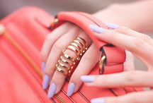 Accessories: Gold Jewelry / by Kathi White