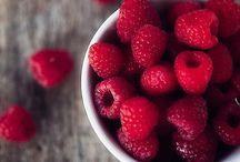 Raspberries / by Francisca Irribarra