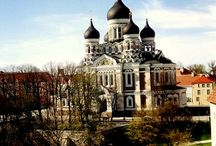 Tallinn / Discover Tallinn with a guided bike tour. Our experienced guide will show you all the highlights of Tallinn in 3 hours!