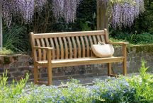 Garden Benches in Wood / Traditional Wooden Garden Benches in assorted sizes.