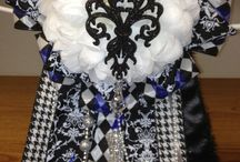 Homecoming Mum Ideas / by Heidi Kreitlein