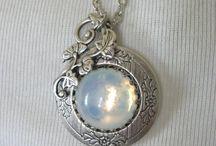 Jewelry / by Jenni Nikole