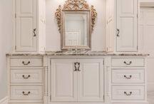 Traditional Ornate Bathroom