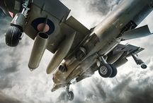 Air Craft / by Eric Lovelace