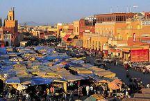 Marrakech  / Elle fait partie de mes villes coup de coeur, j'aime les odeurs épicées, le bruit, les couleurs et la chaleur de cette ville