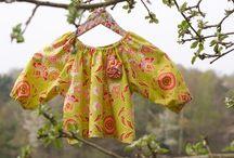 COLOREL - Tunika im Hippie-Style / Tunika im Hippie-Style! Flower-Power für Mädchen. Schnell anzuziehen. Sieht cool aus zu Jeans:  http://www.colorel.de/store/kindermode-m%C3%A4dchen-gr%C3%B6%C3%9Fe-98-110-2-5-jahre/tunika/