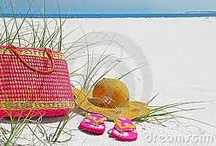 T e s t i m o n i a l s  / Testimonials from customers of Gift Baskets with Style, LLC. Read several very nice and warm thoughts shared to us from our wonderful customers.