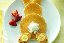 Pancakes!!! / Yummy pancakes shaped like animals!!!