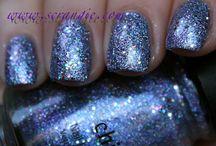 Nails / by Jackie Roszkowski