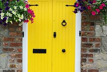 Mellow Yellows / Yellow hues bring a little bit of sunshine into your home - even on these rainy British Isles.