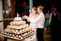 10 Awesome Grooms Cake Ideas to Get You Started / If you are finding yourself stumped on what to get your special man for his cake, here are a few ideas to get you started.