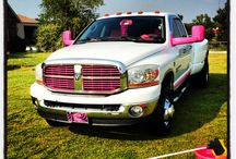 Sumthin Bout A Truck! / by Malary McGraw