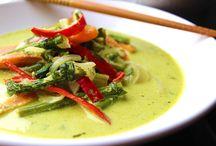 Plats Asiatiques Maison / Découvrez ici la cuisine asiatique de votre quartier : des plats savoureux réalisés par les Talents proposant leur service sur MonVoisinCuisine.com.